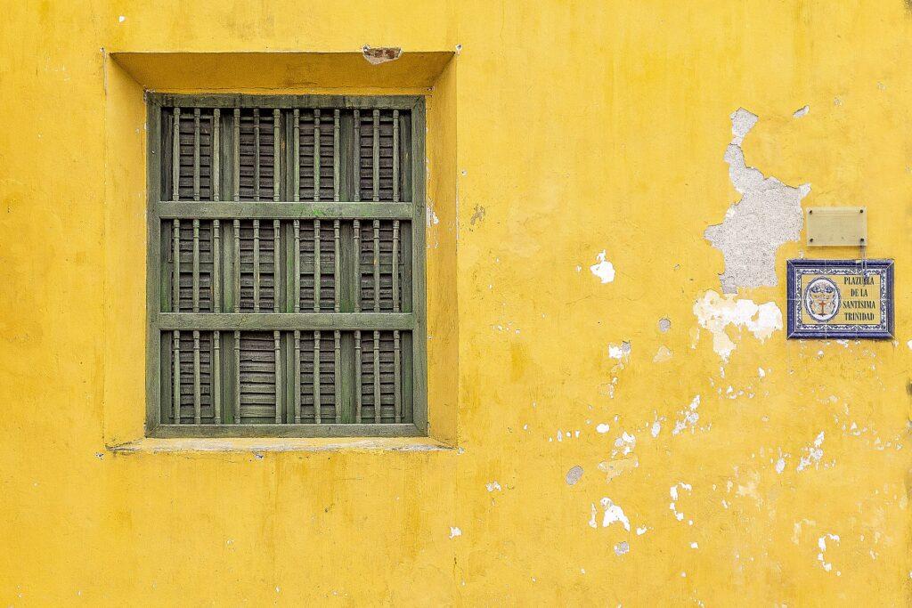 window-1571358_1920